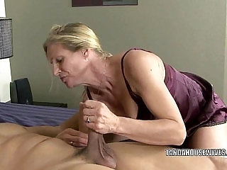 Mature slut fucks a black dude