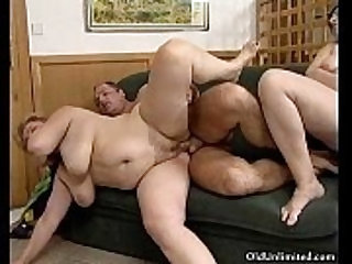 Fat mature gets her cutn fucked