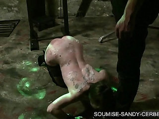 french bdsm soumise sandy big dildo and fist