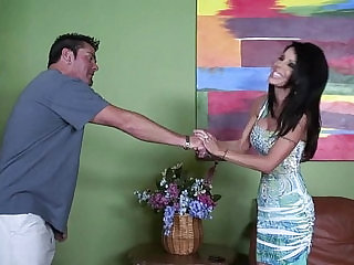 Cheating brunette from sexvideo.wtf has a visitor