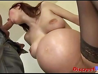 Young preggo spreads the sperm on her belly
