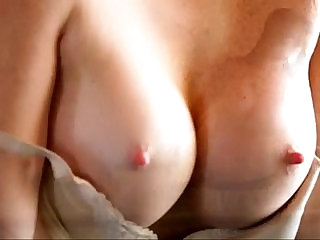 Licious Gias creamy cunt dripping with pleasure