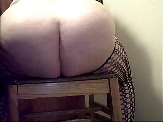 BBW Squirting HARD and FAR