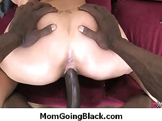 Huge mamba black monster cock and fucks white pussy