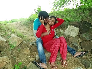 Village Aunty With Neighbour In Outdoor Latest Telugu Romantic Short