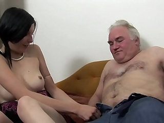 MATURE MAN FUCKS TEEN ON COUCH !!