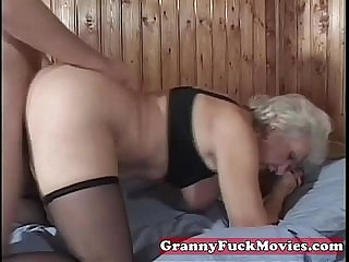 mature granny pussy poked