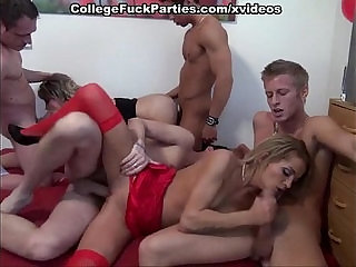 Students orgy session with blowjobs and deep fucks