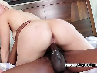 Busty blonde Jenna Ivory gets her twat pounded