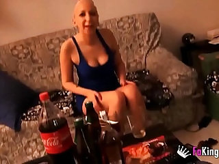 Spanish party girl and Reality TV star sucks and fucks a big dick