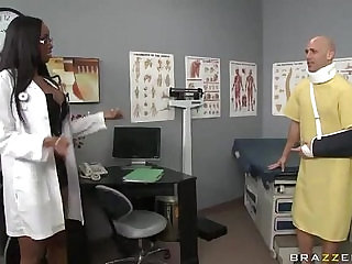 milfsonly.blogspot Black Doctor Gets Her Bubble Butt Popped By A Big Cock