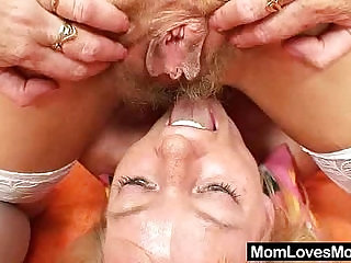 Woolly milf gets toyed by untidy blond haired mama